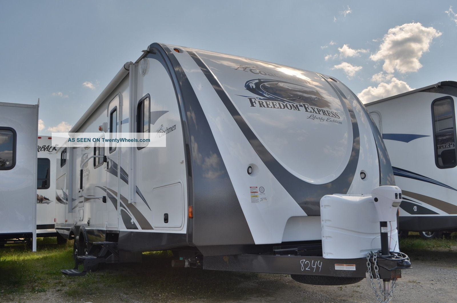 2013 Coachmen Freedom Express 292 Travel Trailers photo