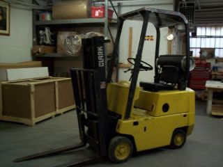 Clark C500 - 30 Forklift Truck photo
