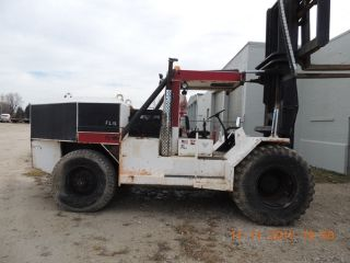 Taylor Forklift.  60000 Lb Capacity Diesel Fork Lift, .  Heavy Forklift.  Forklift photo