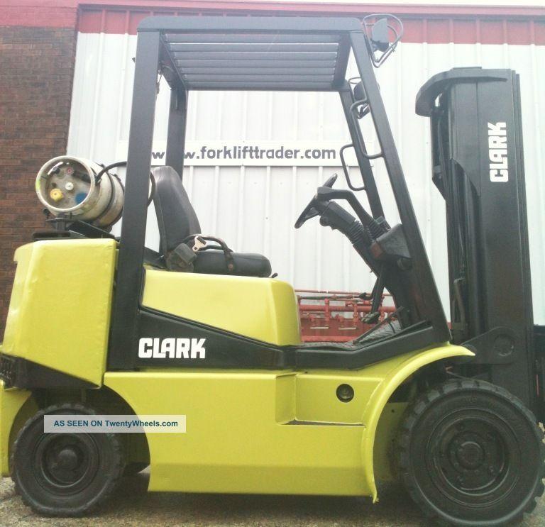 2000 Clark Pneumatic 5000 Lb Cgp25 Forklift Lift Truck