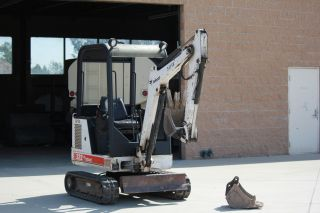 Bobcat 322 Mini Excavator 2000 photo