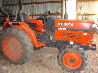 Kubota L2500dt 4wd 1998 Tractor photo