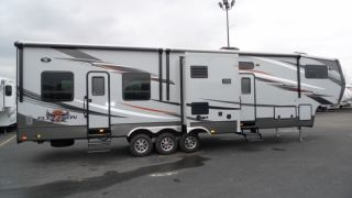 16 Foot Toy Hauler Trailer http://twentywheels.com/category/86-trucks_other_vehicles__trailers_rvs__campers_/index.html