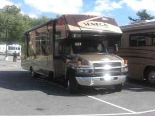 2006 Jayco Seneca Hd photo
