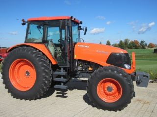 2009 Kubota M135x 4wd Tractor photo