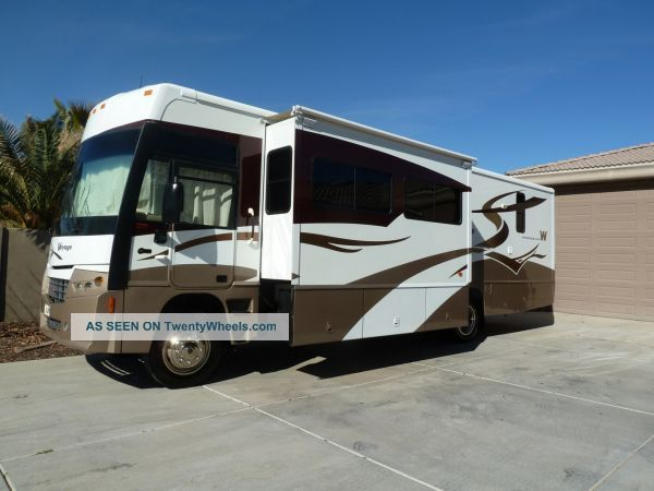 2007 Winnebago Voyage 35a Class A RVs photo