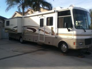 2001 Fleetwood Southwind 35r photo