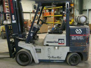Komatsu 45 Forklift Fg45st - 6,  9320lbs.  2262hrs,  Works Great photo