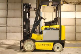 Yale 5000 Lb Capacity Electric Forklift Lift Truck Recondtioned Battery Low Hr photo