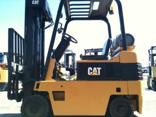 Caterpillar Cushion 5000 Lb T50e Forklift Lift Truck photo