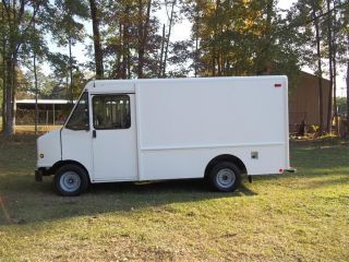 2006 Ford Econoline Delivery Step Van Business photo