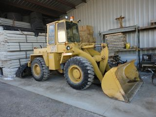 Trojan Rubber Tired Front End Loader photo
