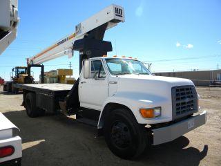 Boom Truck Crane Ford Boom Truck Truck Crane Boom Lift Crane photo