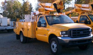 2004 Ford F - 550 photo
