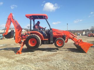Kubota L39 Backhoe Loader Tractor 4x4 Three Point Hitch Diesel Hoe Rubber Tire photo