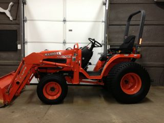 2007 Kubota B7510 Hst W/ Loader,  Belly Mower,  Box Blade,  Rear Blade. photo
