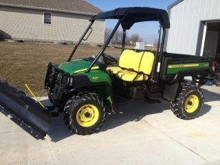 2012 John Deere 825i Xuv Gator photo