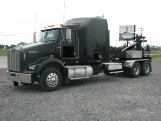 2003 Kenworth T - 800 photo