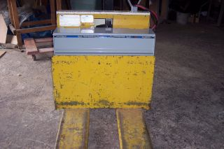 Yale Electric Pallet photo