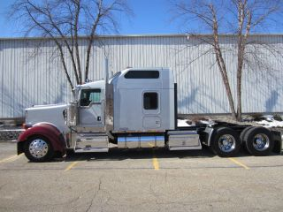 2004 Kenworth W900l photo