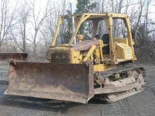 Caterpillar D5b Dozer photo