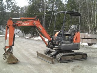 Hitachi Zaxis 27u Compact Excavator O Tail Swing Hydraulic Thumb Quick Coupler photo