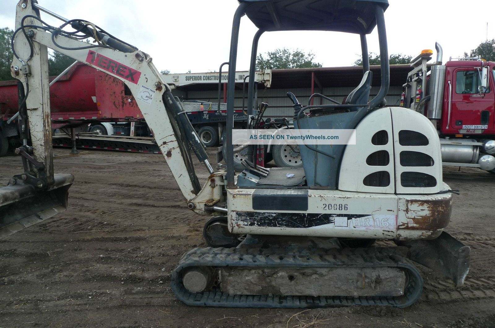 2004 Terex Model Hr 16 Mini Excavator Excavators photo