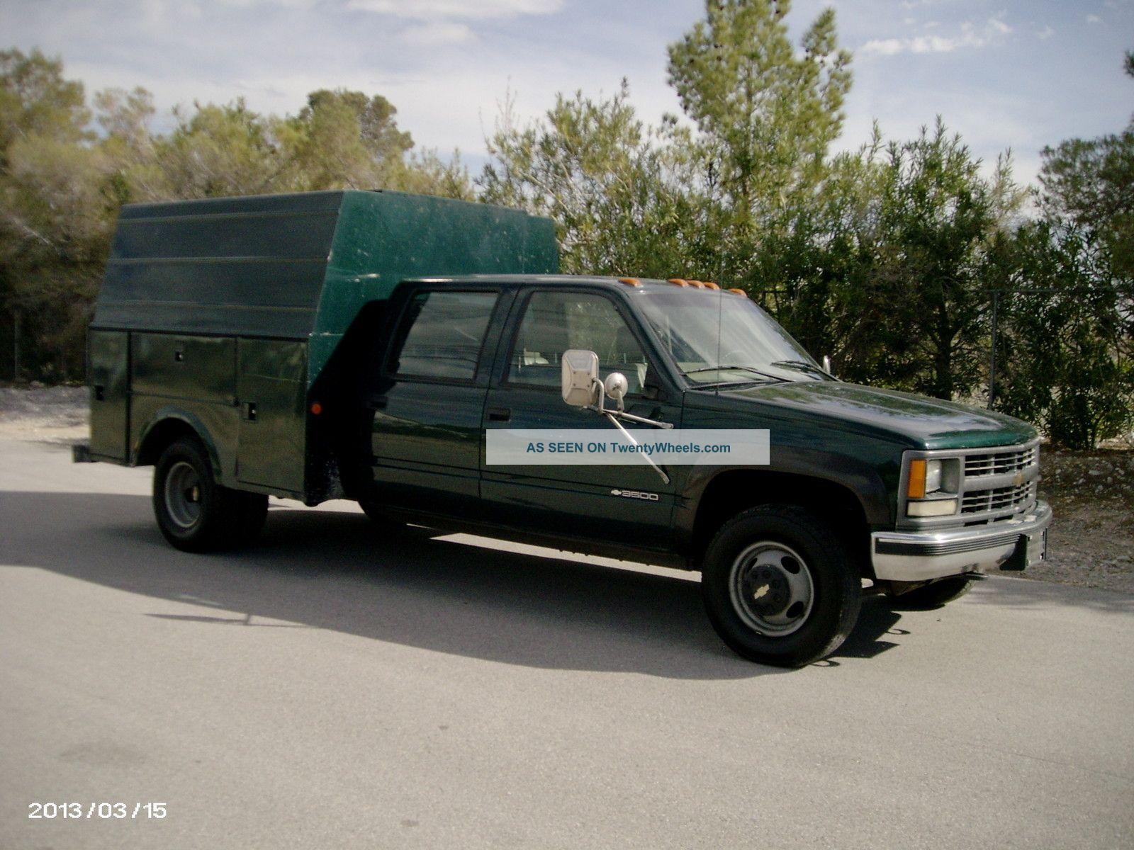 2000 Chevrolet 3500 Dually Utility / Service Trucks photo 2