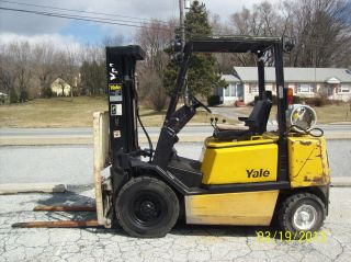 1994 Yale Pneumatic 5000 Lb.  Forklift 520 photo