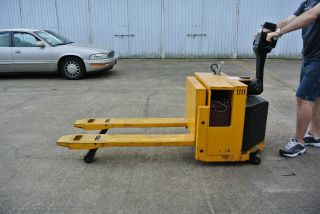 Big Joe Electric Fork Lift Model Ptw - 40 photo