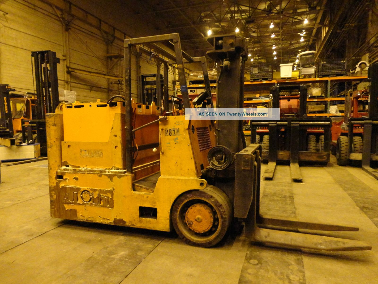 Autolift 30,  000 Lbs Electric Forklift,  Batteries,  Lift Truck Forklifts & Other Lifts photo