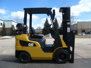 2008 Caterpillar Cat Pc4000 Forklift 4000lb Pneumatic Lift Truck Hi Lo photo
