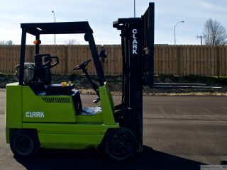 Clark Type Lp Forklift Gcs20mb photo