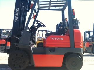 Toyota Cushion 4000 Lb 5fgc20 Forklift Lift Truck photo