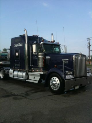 2006 Kenworth W900 photo