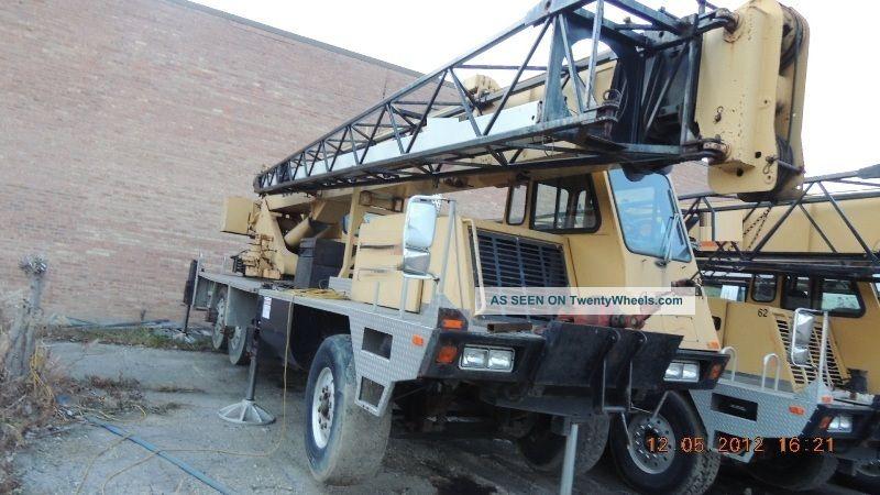 20 Ton Terex / Lorain T220 Hydraulic Truck Crane.  Terex T220 Crane,  Lorain T220 Cranes photo