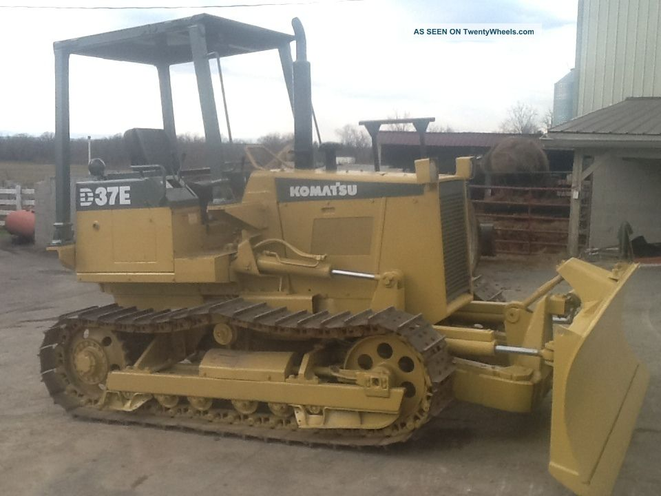 Komatsu D37e Crawler Dozer Loader Tractor 6 Way Blade D 37 D 31 D 39 Diesel Crawler Dozers & Loaders photo