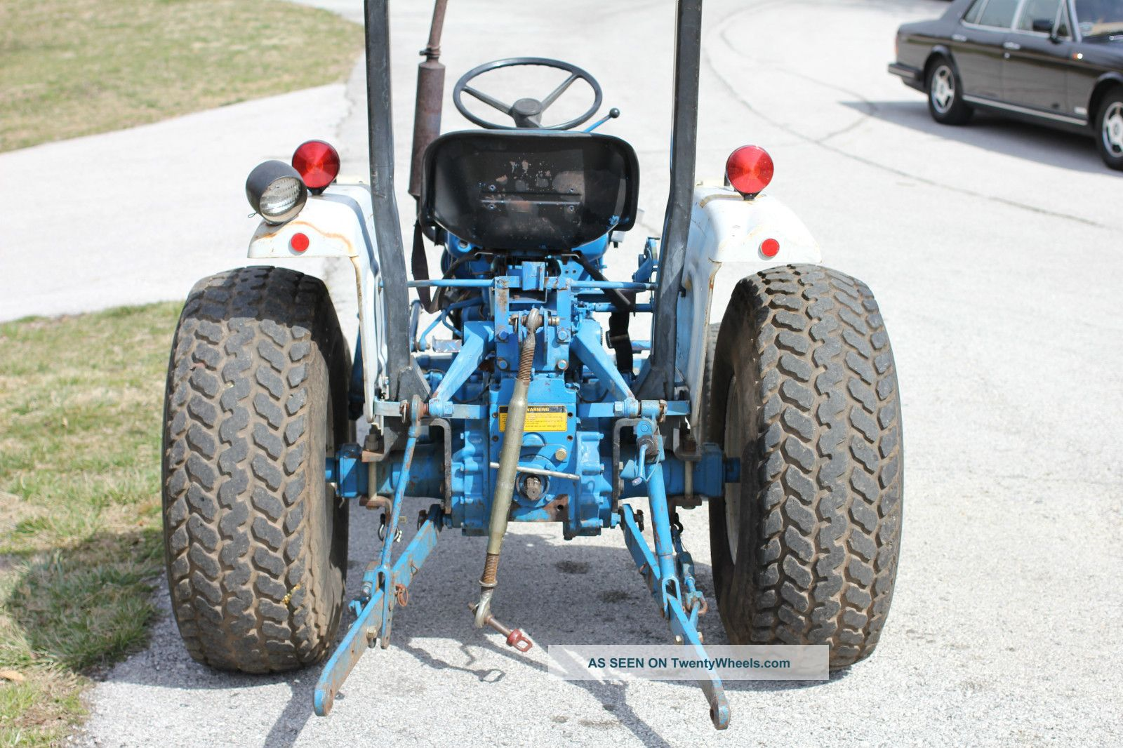 Ford 1710 Tractor Wheel Rims : Ford compact tractor with woods mower