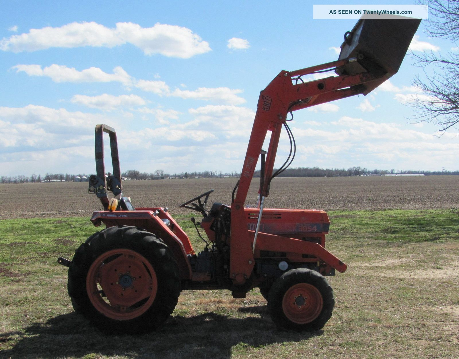 Kioti Lk3054 4x4 Tractor With Front End Loader Tractors photo