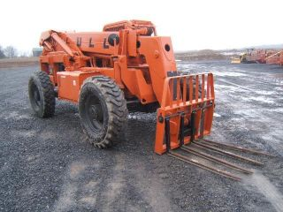 Lull 8k - 42 Highlander Fork Lift photo