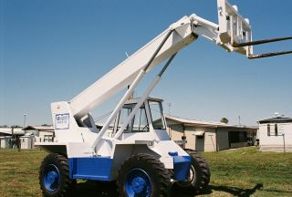 1998 Load - Lifter Telehandler Forklift photo