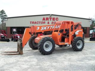 2005 Sky Trak 6042 Telescopic Forklift - Loader Lift Tractor - Tires photo