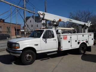 1996 Ford F - Superduty Bucket / Boom Truck photo