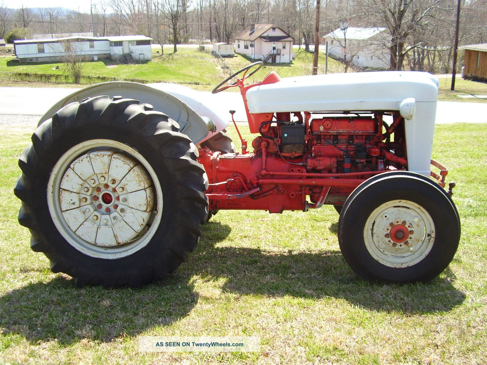 Ford 800 Tractor : Orignal ford wd speed tractor