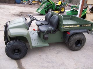 John Deere 4x2 Trail Gator photo