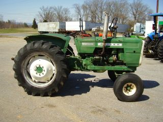 1250 Oliver 2wd Gas Tractor Barn Find photo