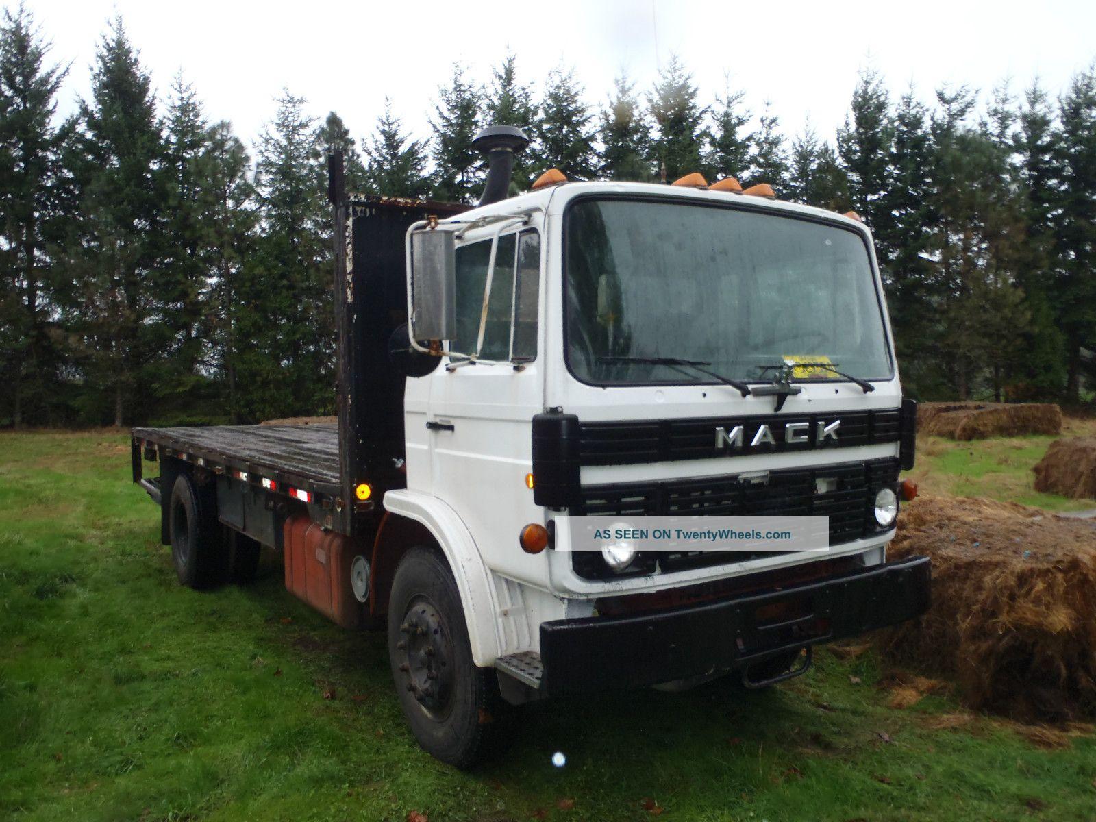 1985 Mack Truck : Mack