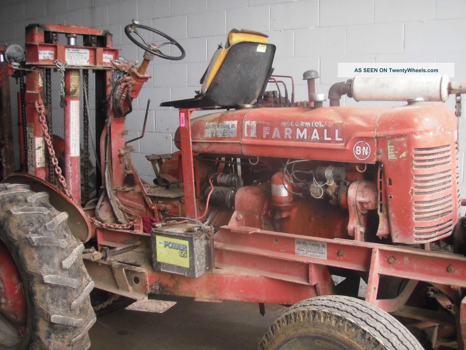 Bn International Mccormick Farmall Tractor Forklift All Terrain Tractors photo