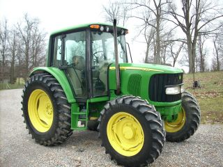 2004 John Deere 6420 Cab+4x4 - 110hp - Power Quad Plus Trans - With 3,  175hours photo
