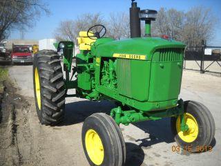 4020 John Deere Tractor Powershift photo